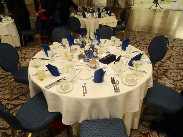 Kenwood Country Club Table Setup